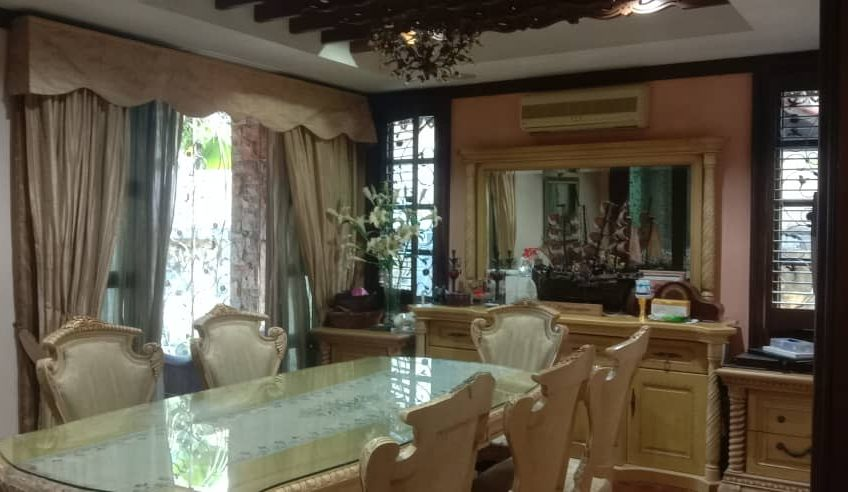 Double storey bungalow @ Section 12, PJ For Sale